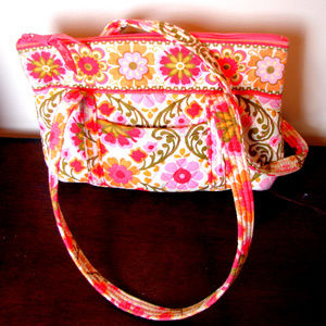Daisy print Vera Bradley medium handbag purse EUC